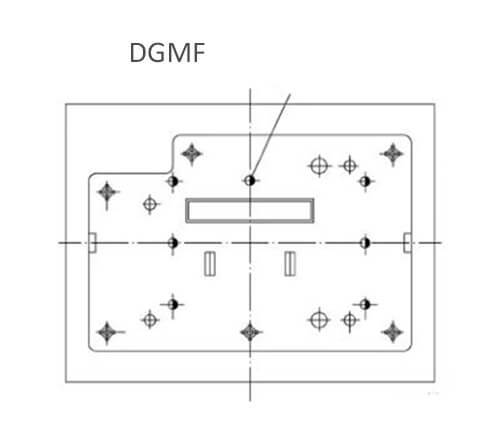 Figure 5 Injection mold structure design